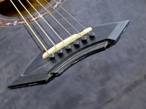 Schecter Hellraiser Studio Acoustic – bridge 2